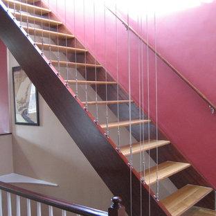 ボストンのコンテンポラリースタイルのおしゃれな階段の写真