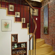 Traditional Staircase by The Galante Architecture Studio, Inc.