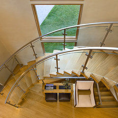 contemporary staircase by David Johnston Architects