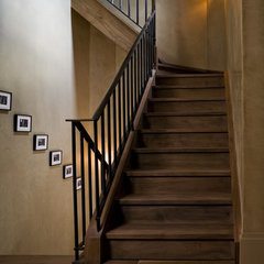 contemporary staircase by Glenn Gissler Design