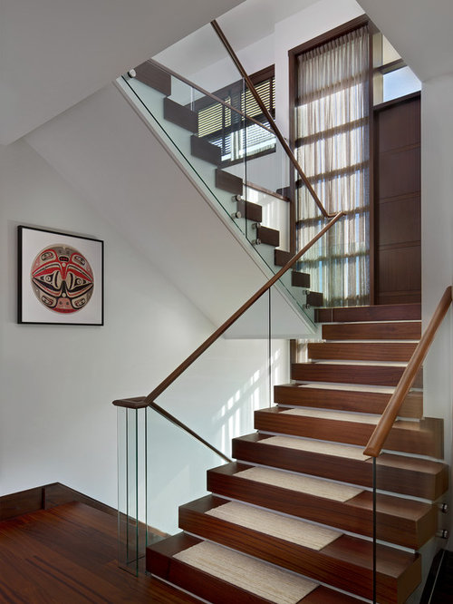 Enclosed Staircase Home Design Ideas Pictures Remodel