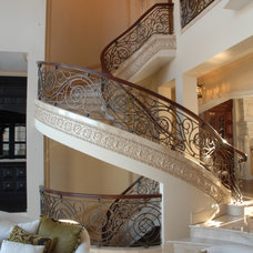 Traditional Staircase by Schaub+Srote, Architects | Planners | Interiors