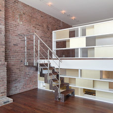 Modern Staircase by TURETT COLLABORATIVE ARCHITECTS