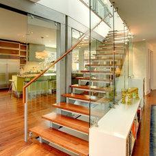 Modern Staircase by George Watt Architecture