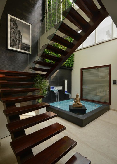 Contemporary Staircase By SPACES ARCHITECTS@ka