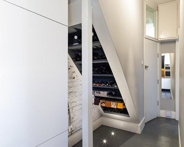 Современный Лестница by APE Architecture and Design Ltd.