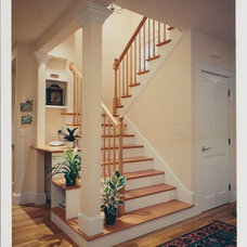 Traditional Staircase by Incite Architecture