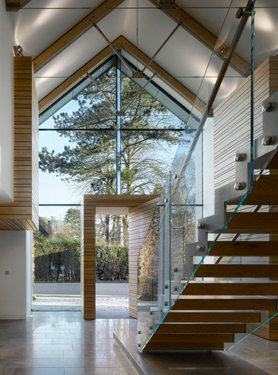 Contemporary Staircase by Reid Architects