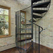 Traditional Staircase by Elmshire Builders, Inc.