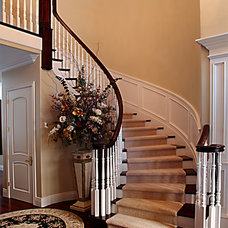 Traditional Staircase by Martineau Homes