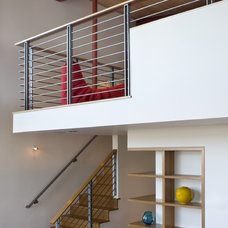 Contemporary Staircase by Banducci Associates Architects, Inc.