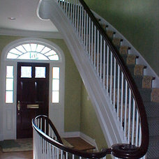 Traditional Staircase by Hirsch Associates LLC