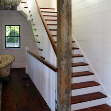 Farmhouse Staircase by arQitecture