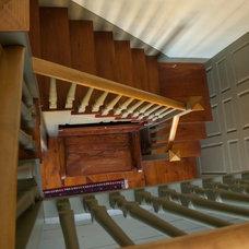Farmhouse Staircase Hosmer/Baker Farm -- 1710