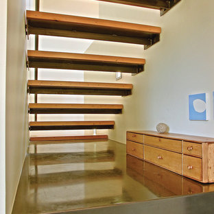 Example of a trendy staircase design in Seattle