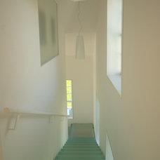 Contemporary Staircase by Elliott + Elliott Architecture