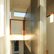 Modern Staircase by Resolution: 4 Architecture