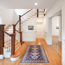 Traditional Staircase by Seraform Architecture, LLC