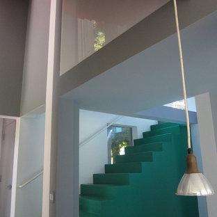 Modelo de escalera moderna pequeña