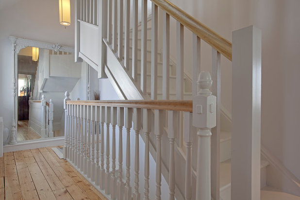 Traditional Staircase by CDMS Architects