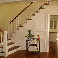 Traditional Staircase by Daniel Contelmo Architects
