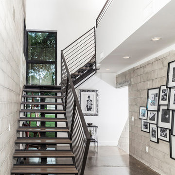 Hyde Park Home Embraces an Urban Vibe