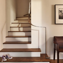 contemporary staircase by Nick Deaver Architect