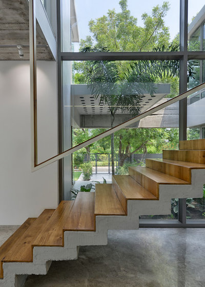 Contemporary Staircase by S A K Designs