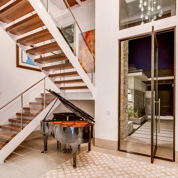 Indoor-Outdoor House