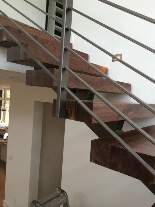 Fotos de escaleras dise os de escaleras suspendidas for Escaleras suspendidas