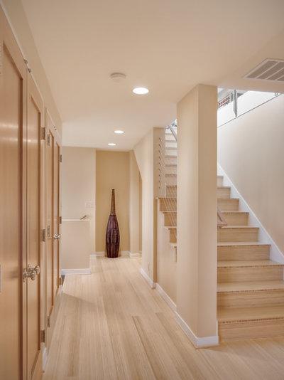 Современный Лестница by Neiman Taber Architects