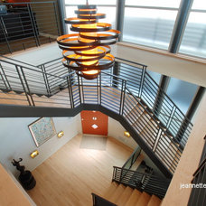 Modern Staircase by Jeannette Architects