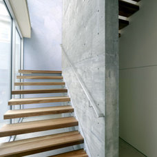 Modern Staircase by Kanner Architects - CLOSED