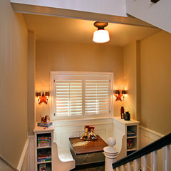 contemporary staircase by Visbeen Associates, Inc.
