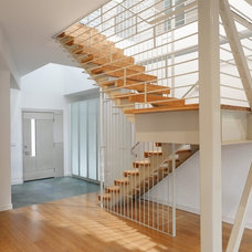 Modern Staircase by u unlimited inc