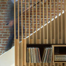 Contemporary Staircase by Sanders Pace Architecture