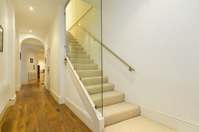 Contemporary Staircase by Chris Snook
