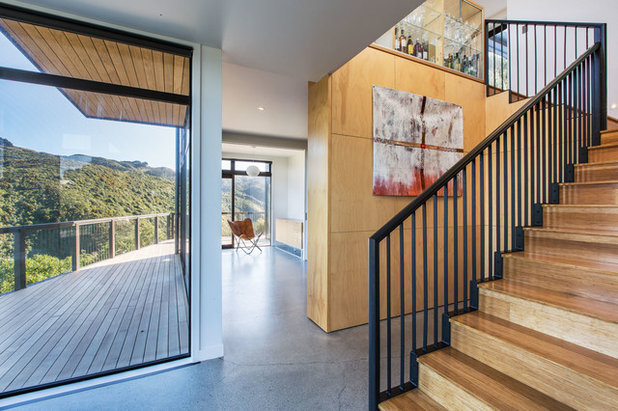 Contemporary Staircase by Tse:Wallace Architects Ltd