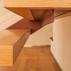 Modern Staircase by KDL Architects