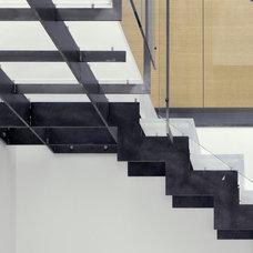 Modern Staircase by Zack|de Vito Architecture + Construction