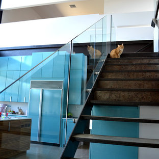 Inspiration for a modern staircase remodel in Austin