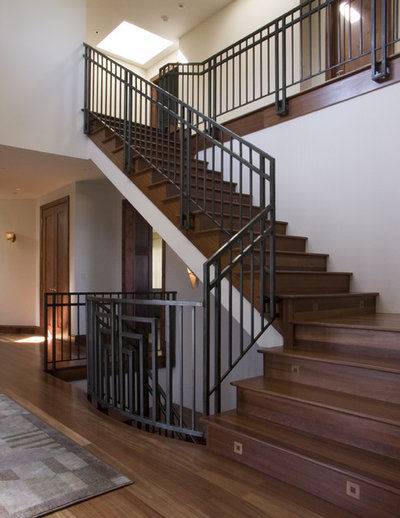 Traditional Staircase by SDG Architecture, Inc.