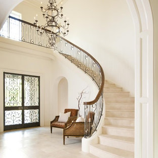Example of a classic staircase design in Dallas