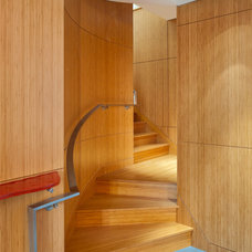 Modern Staircase by LDa Architecture & Interiors