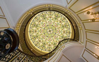 中世から現代まで、建物を美しく彩るステンドグラスとデザイン様式
