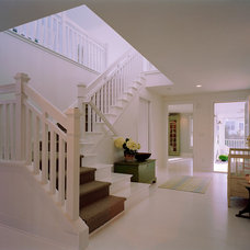 Traditional Staircase by Balodemas Architects