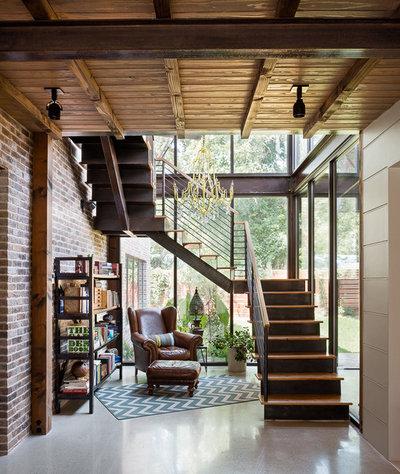 Рустика Лестница by David Mills Custom Homes