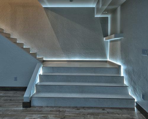 Photos Et Idées Déco Descaliers Modernes Avec Des Marches En Carrelage - Carrelage d'escalier
