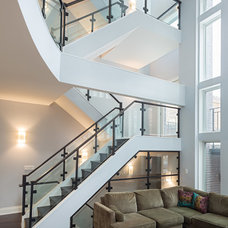Contemporary Staircase by roomTEN design