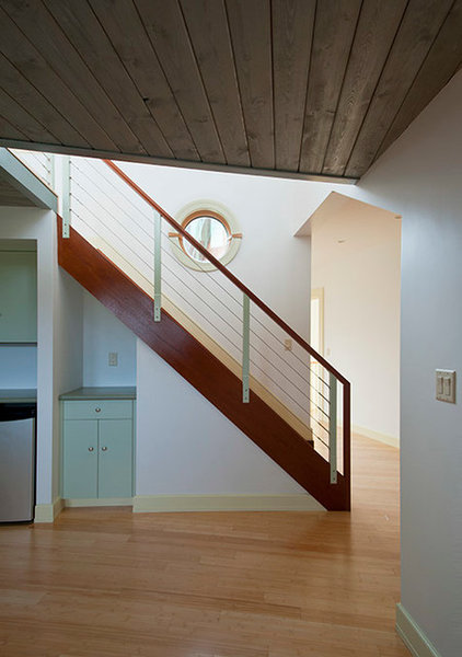 Contemporary Staircase by Incite Architecture